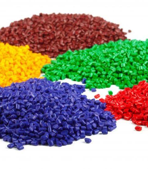injection mold pellets 480x546 - مشخصات و تفاوت موادPE63-PE80-PE100